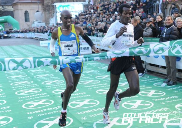 Pictured from left: Mo Farah & Imane Merga on the finish line in 2010  (Foto: BOclassic/Remo Mosna)