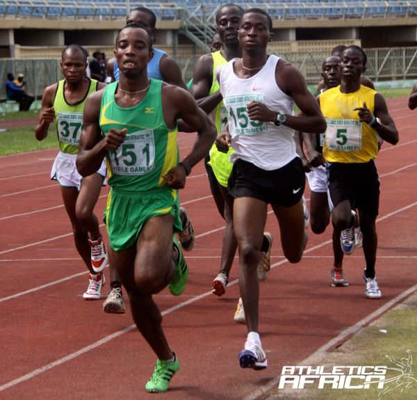Athletes jostle for positions in the men's 5000m at Eko 2012/ Photo: LOC