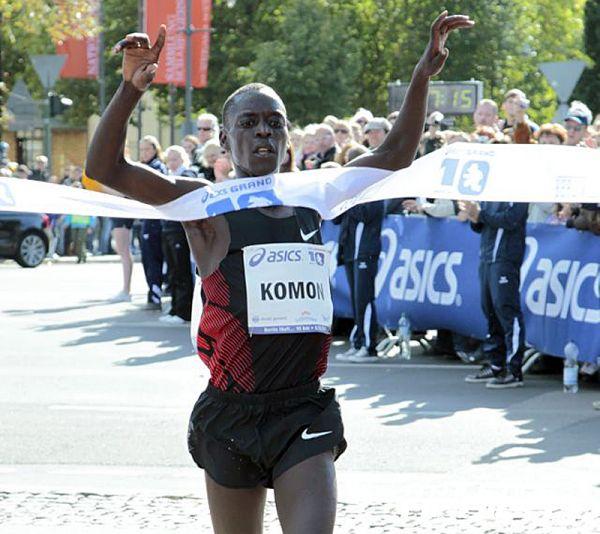 Leonard Komon wins the ASICS Grand 10/Photo Credit: Berlin Runs / Jürgen Engler