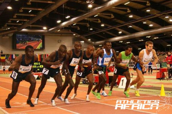 Start of the men's 5000m in Düsseldorf 2012 / Photo: Organisers