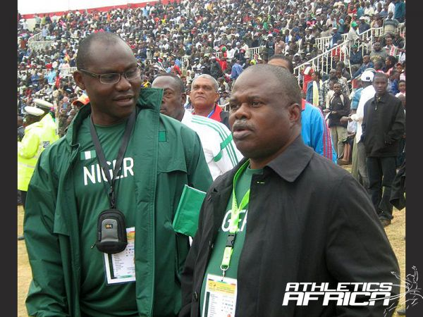 L-R: Navy Commodore Omatseye Nesiama with AFN President Solomon Ogba at Nairobi 2010 AAC