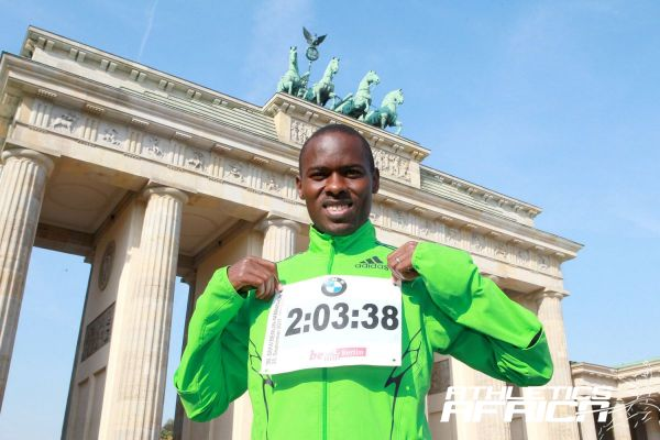 Patrick Makau WR in Berlin 2011 / Photo: Victah Sailer@PhotoRun