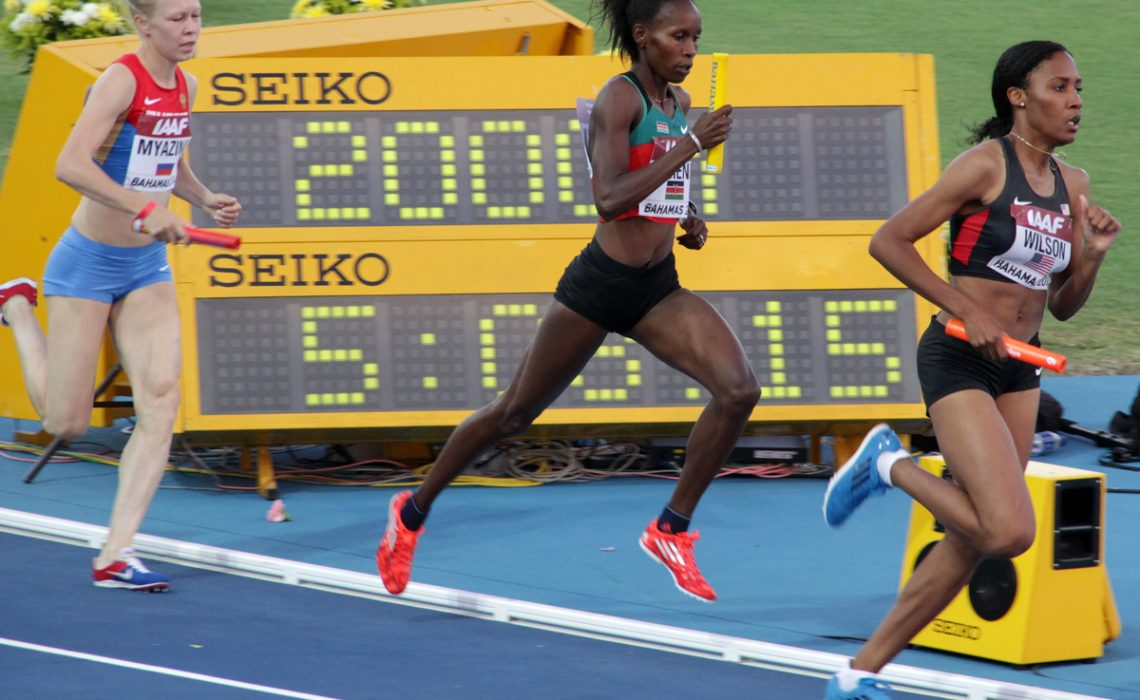 Kenya's women's 4x800m star Janeth Jepkosgei on the way to setting the World Record at Nassau 2014 / Photos credit: Derek Smith