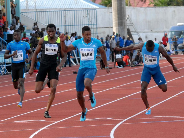 Mark Jelks winning the Men's 100m ahead of Mozavous Arkezes Edwards, Egwero Ogho-Oghene and Seye Ogunlewe at the 68th All-Nigerian Athletics Championships in Calabar.