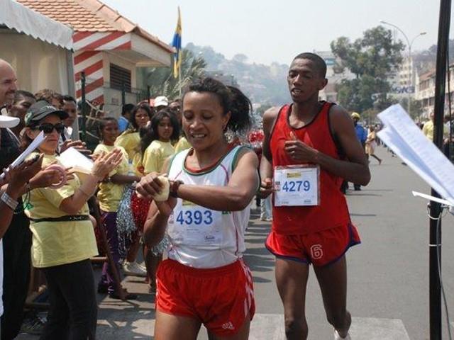 """Les foulées de Tana"""", race open to a distance of 5 km"""