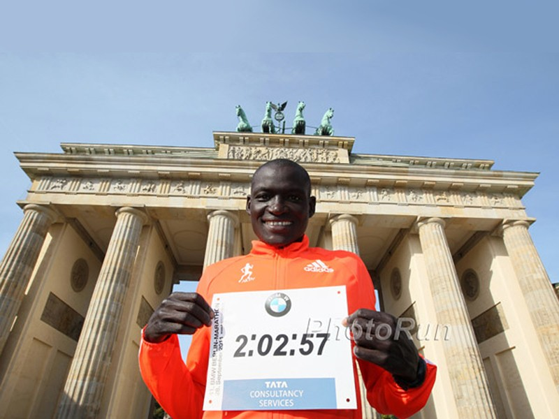 Kenyan Dennis Kimetto at the Brandenburg Gate after setting the World Record at the 2014 BMW Berlin Marathon / Photo: Photorun