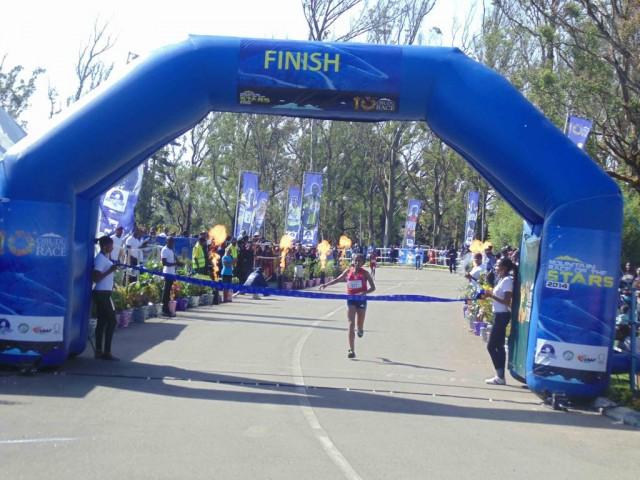 Ethiopia's Kassahun Genet Yenew wins the women's race at the 2014 Obudu International Mountain Race in Cross Rivers, Nigeria/ Photo credit: LOC