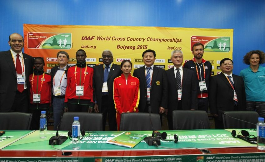 Guiyang 2015 athletes poses with the IAAF team - Photo credit: © Getty Images for IAAF