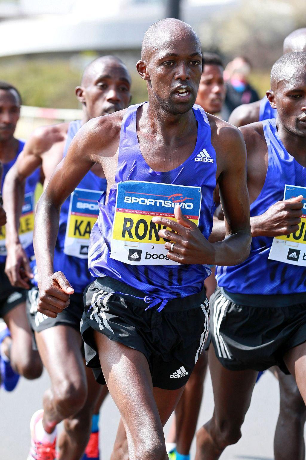 Geoffrey Ronoh competing in the Sportisimo Prague Half Marathon | Photo credit: Volkswagen Prague Marathon / Victah Sailer