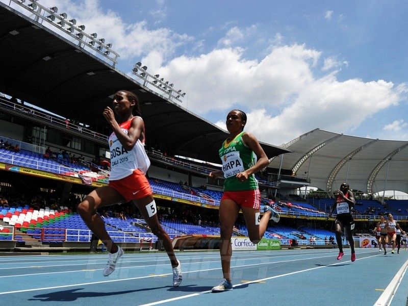 Dalila Abdulkadir Gosa of Bahrain and Bedatu Hirpa of Ethiopia in action during round one of the Girls 1500 Meters on day two of the IAAF World Youth Championships, Cali 2015 on July 16, 2015 at the Pascual Guerrero Olympic Stadium in Cali, Colombia. (Photo by Buda Mendes/Getty Images for IAAF)