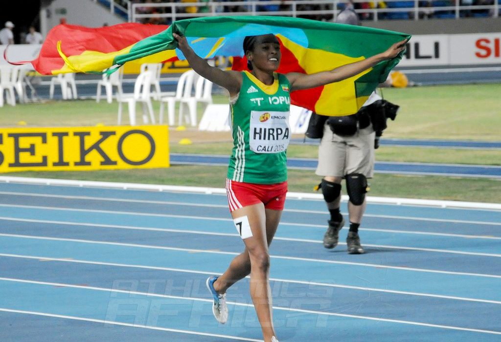Bedatu Hirpa winning the girls' 1500m at the IAAF World Youth Championships, Cali 2015 / Photo Credit: Getty Images for the IAAF.