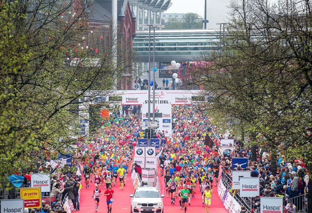 Start of the Haspa Marathon Hamburg. Credit: Haspa Marathon Hamburg