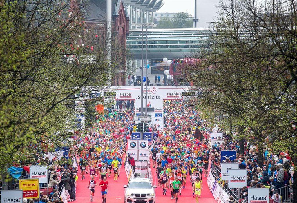 Start of the Haspa Marathon Hamburg. Credit: Haspa Marathon Hamburg