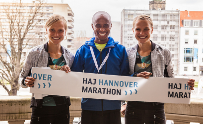 Anna Hahner, Lusapho April and Lisa Hahner (right) in Hannover - April 2016 / Photo Credit: HAJ Hannover Marathon / Christopher Busch