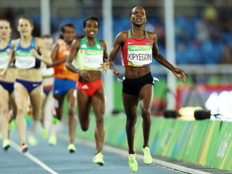 Faith Kipyegon won the women's Olympic 1500 m gold ahead of Ethiopia's Genzebe Dibaba on day 5 of athletics at Rio 2016 / Photo credit: Getty Images