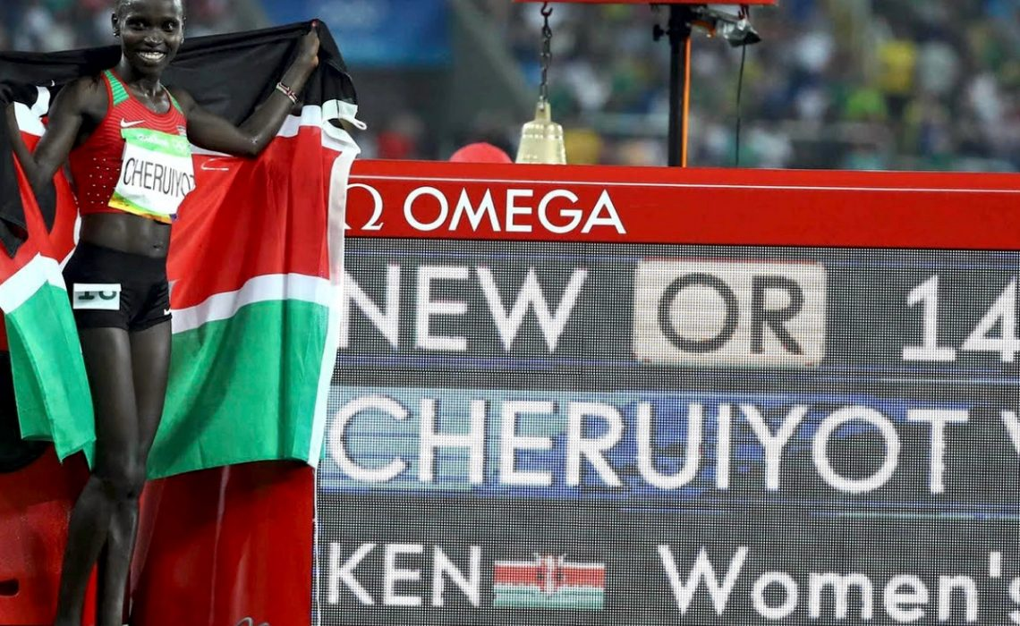 Vivian Cheruiyot of Kenya celebrates after winning the women's 5000m gold medal in an Olympic Record on day 8 at the Rio 2016 Olympics / Photo credit: Getty