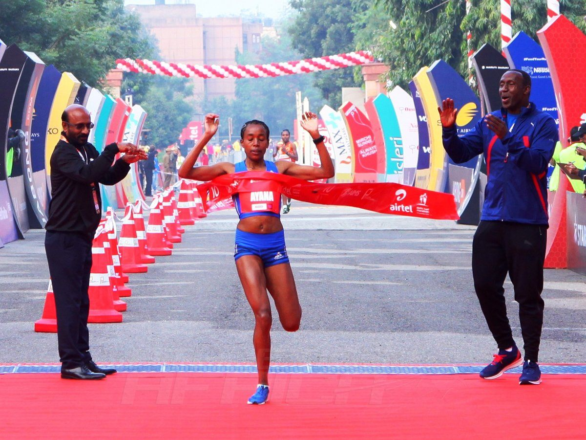 Ethiopian Almaz Ayana winning the women's race at the Airtel Delhi Half Marathon 2017 / Photo Credit: Procam International