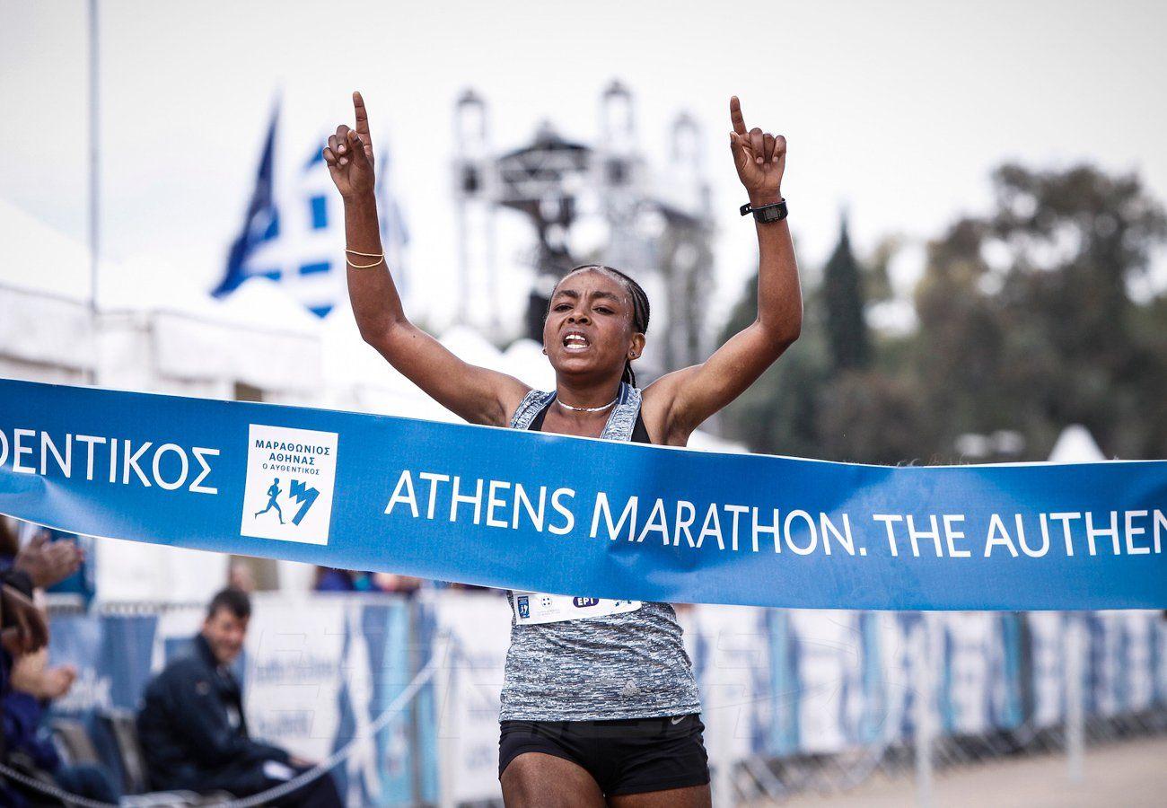 Ethiopian Bedatu Hirpa Badane winning at the Athens Marathon ( 2:34:18) / Photo credit: SEGAS-AMA
