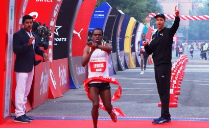 Ethiopian Berhanu Legese winning the Airtel Delhi Half Marathon 2017, an IAAF Gold Label Road Race / Photo Credit: Procam International