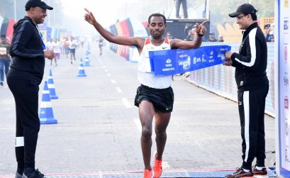 Kenenisa Bekele, from Ethiopia winning the men's race at the Tata Steel Kolkata 25K 2017 / Photo credit: Procam International