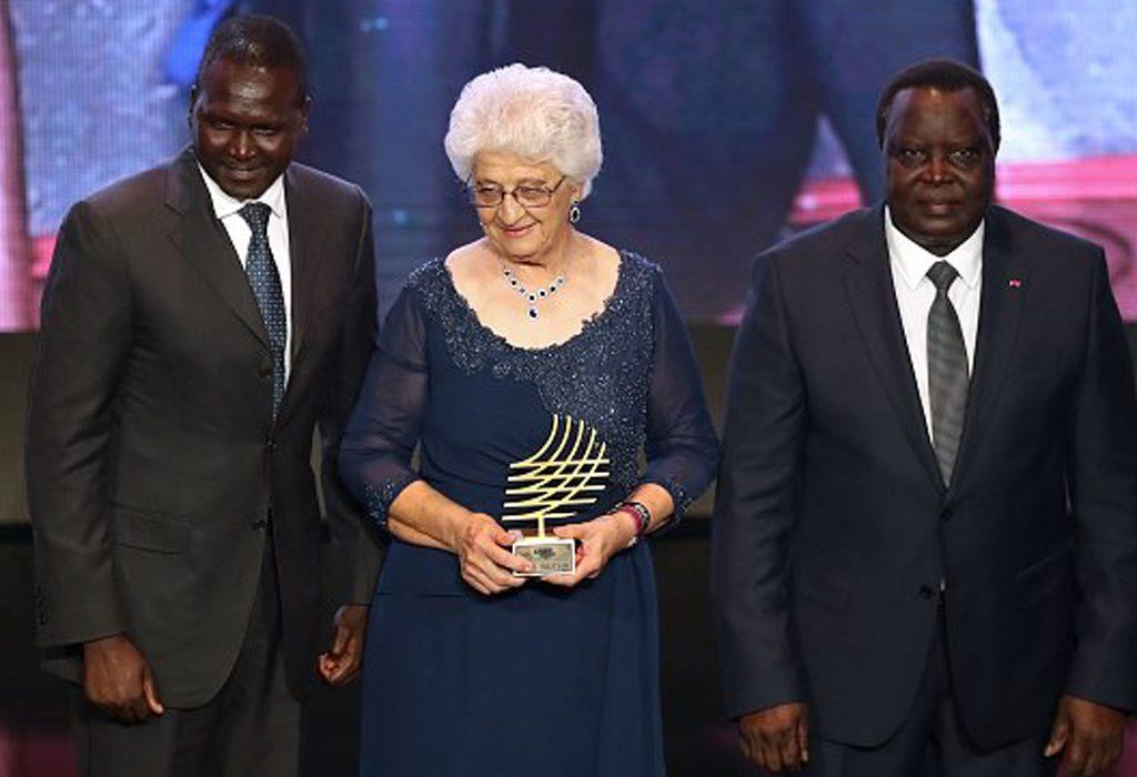 South Africa based Namibian sprint coach Tannie Anna Botha received the prestigious Coaching Achievement Award at the IAAF Athletics Awards 2017