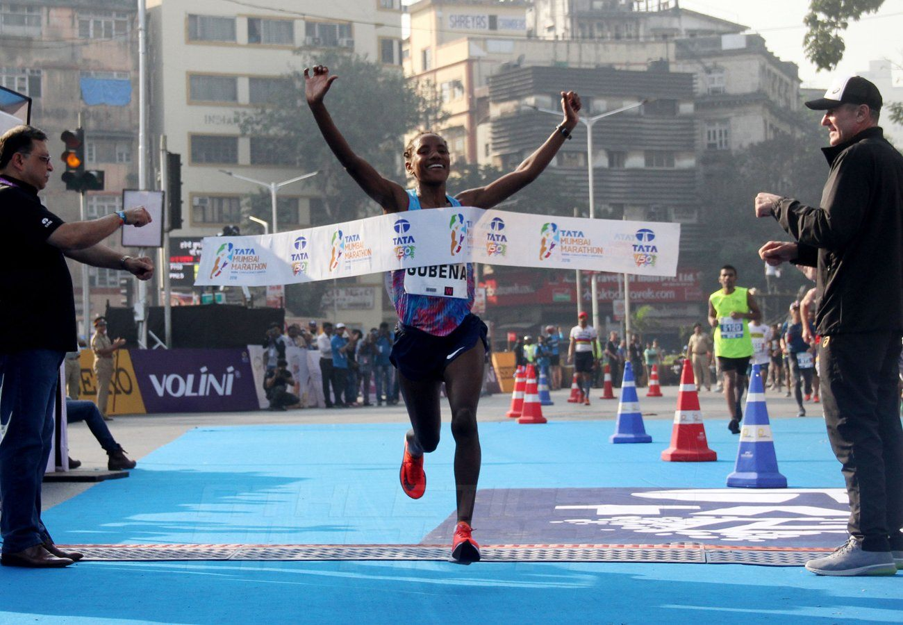 Ethiopia's Amane Gobena, women's winner of the Tata Mumbai Marathon 2018 / Photo Credit: Procam International