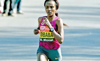 Ethiopian Tirunesh Dibaba running the London Marathon in 2014 / Photo Credit: Mark Shearman