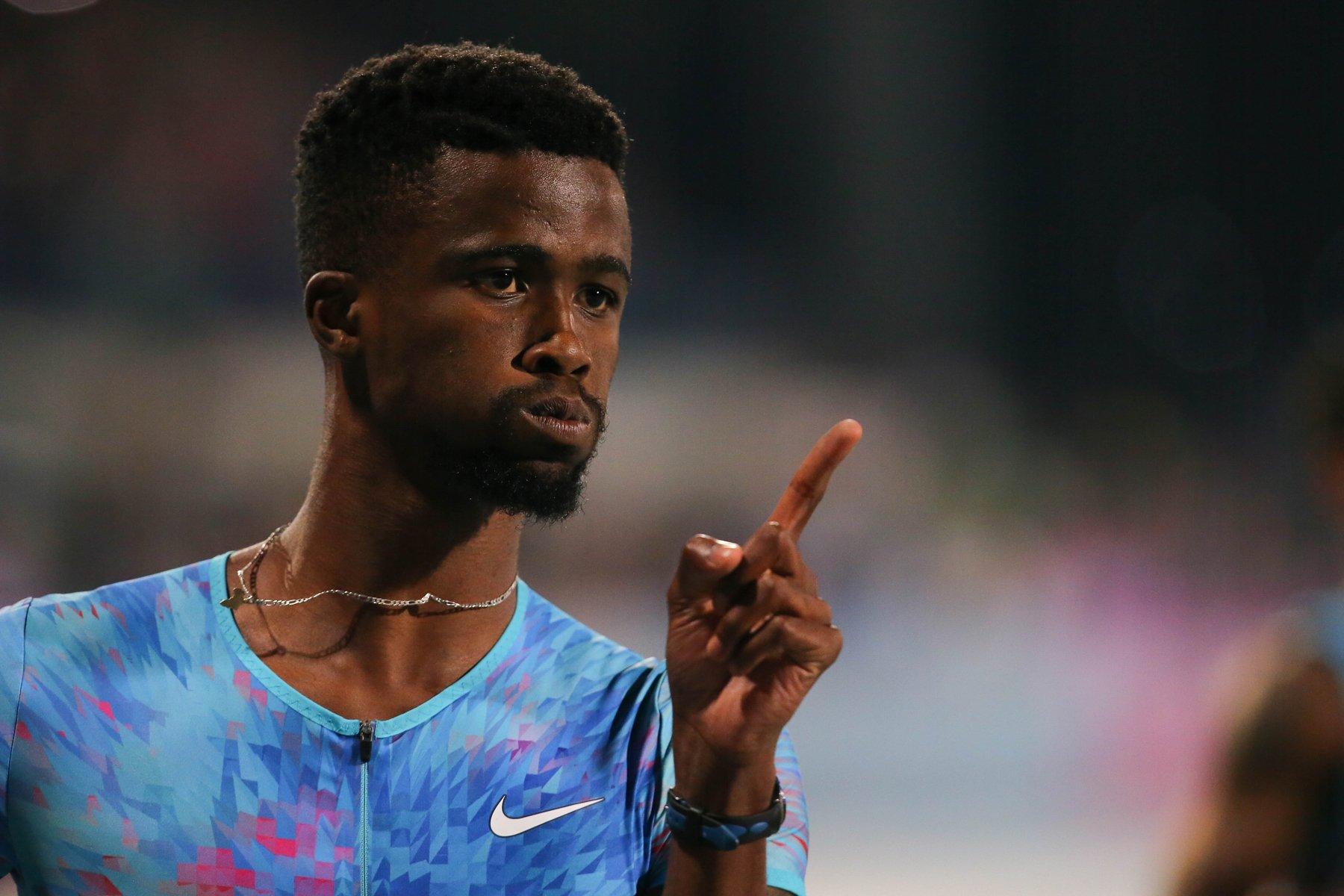 Anaso Jobodwana, winner of 150m dash. Photo Credit: Roger Sedres