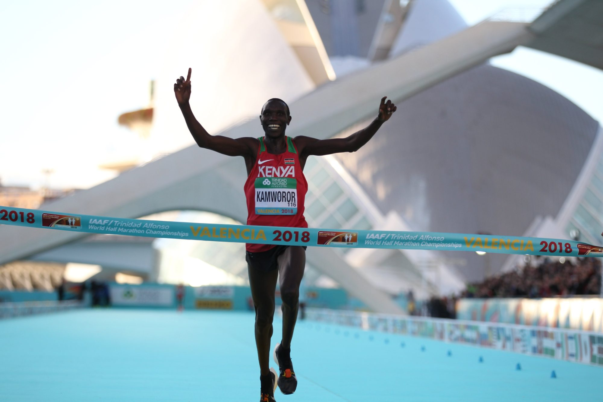 Kenya's Geoffrey Kamworor winning men's race at the IAAF World Half Marathon Valencia 2018 / Photo credit: IAAF.