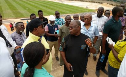 LOC chairman Solomon Ogba shows Vivian Gungaram led Confederation of African Athletics (CAA) inspection team around the stadium for the 2018 African Senior Athletics Championships during their visit to Asaba, Nigeria 6 May 2018 / Photo: LOC